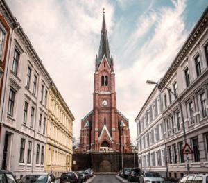 Singler kirker slottet